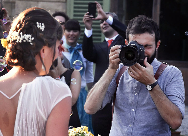 Comfortable with your Wedding Photographer
